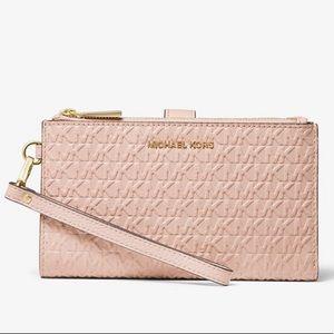 Michael Kors Adele wallet in soft pink